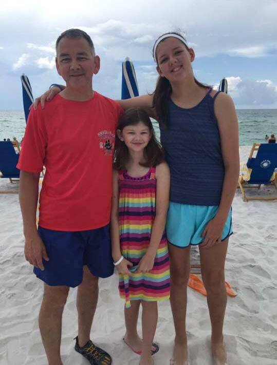 Michael Smith and kids, Michael Smith and children, Michael Smith Go Fund Me, Michael Smith police officer