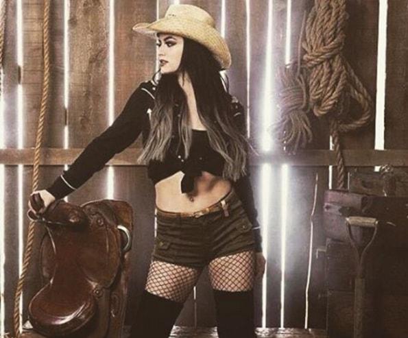 Hot wwe paige WWE Paige