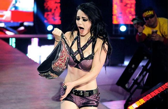 wwe paige, wwe Paige injury, Paige injury 2016