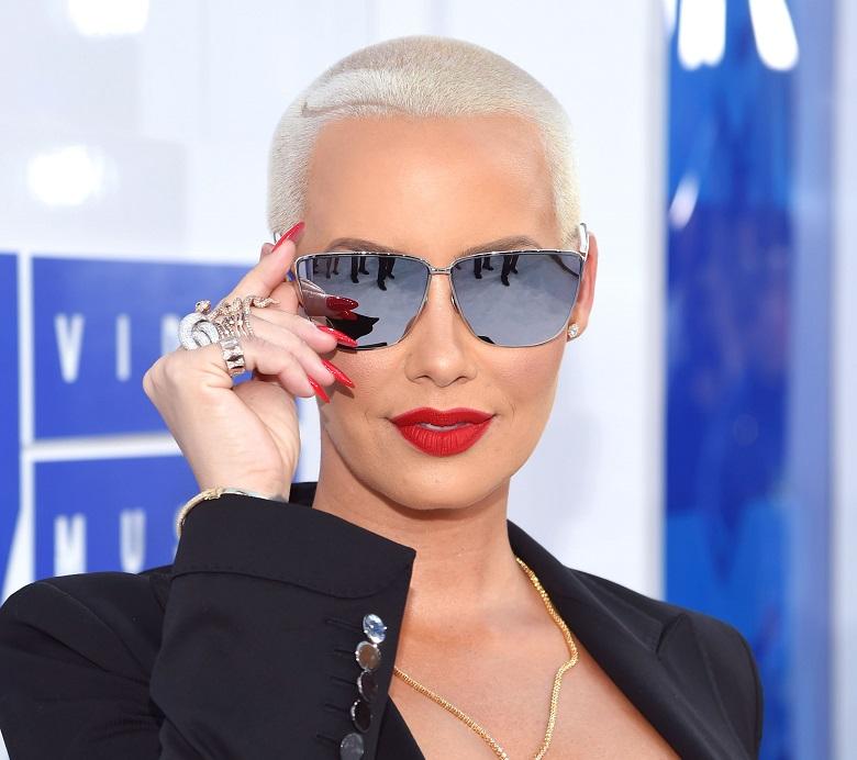 Amber Rose VMAs, VMAs 2016 Red Carpet, VMAs Red Carpet Photos, Best Dressed VMAs 2016, VMAs Red Carpet Arrivals, MTV Video Music Awards 2016