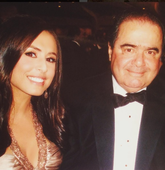 Andra Tantaros, Andrea Tantaros bio, Andrea Tantaros lawsuit, Roger Ailes sexual harassment