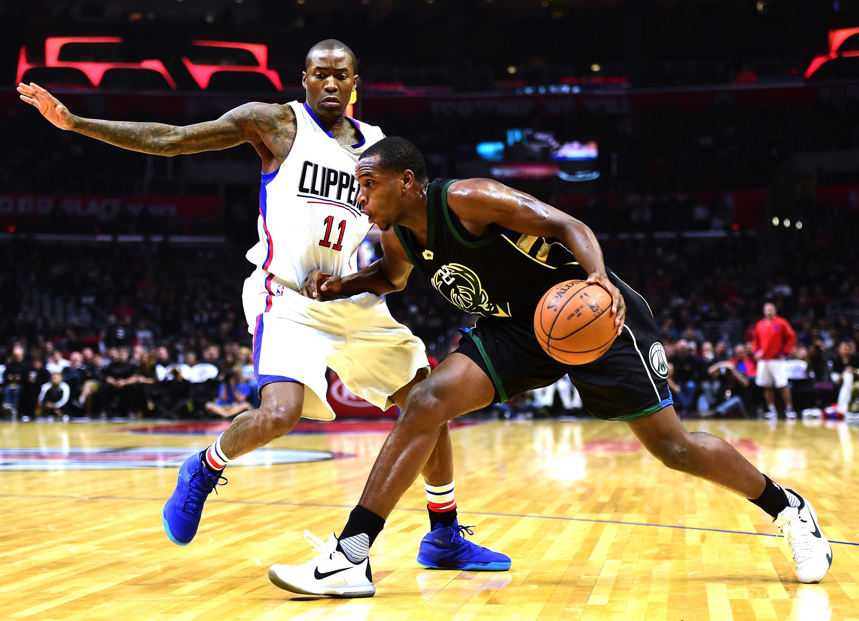 Khris Middleton Jamal Crawford, Bucks vs. Clippers