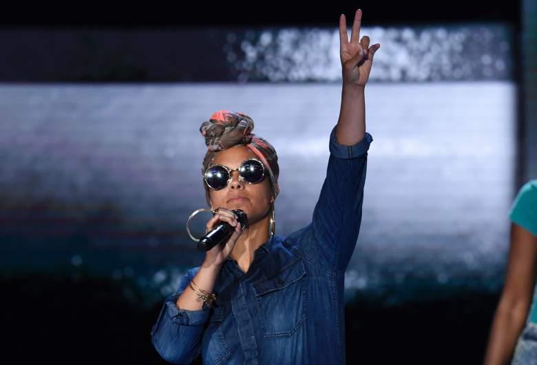 Alicia Keys Net Worth, Alicia Keys songs, Alicia Keys, Alicia Keys DNC performance