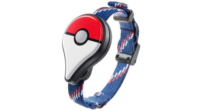 Pokemon go plus flashing light