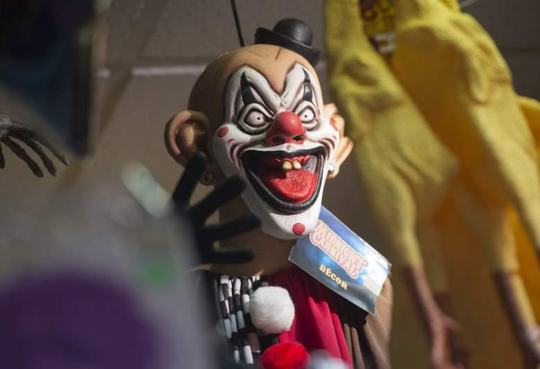 clown arrests