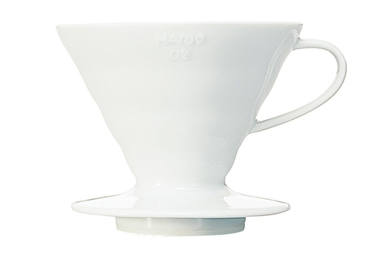 hario-vdc-02w-v60-ceramic-coffee-dripper