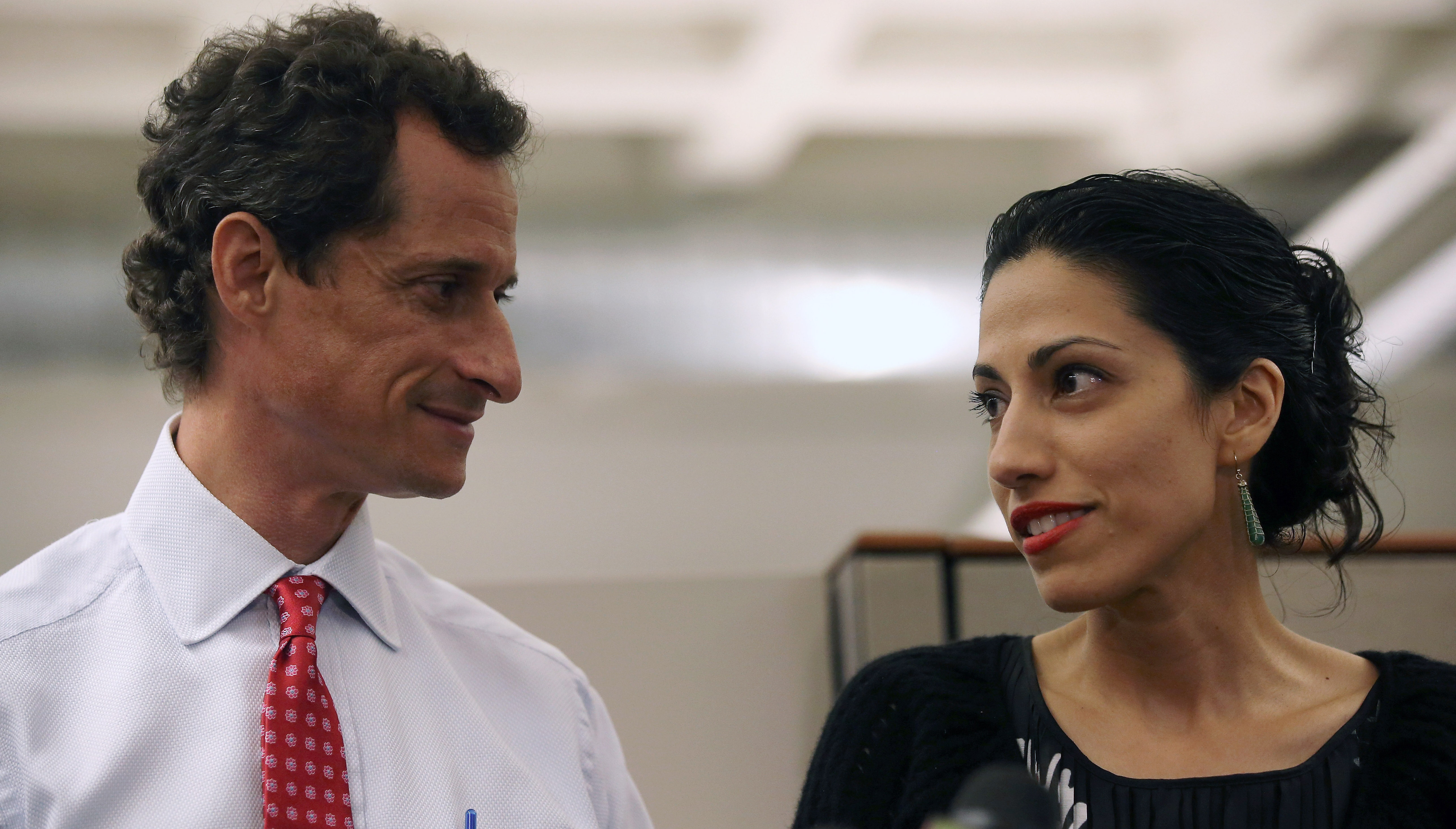 Huma Abedin Anthony Weiner, Hillary Clinton emails, FBI Director James Comey, Hillary Clinton email investigation, Huma Abedin email, Anthony Weiner sexting
