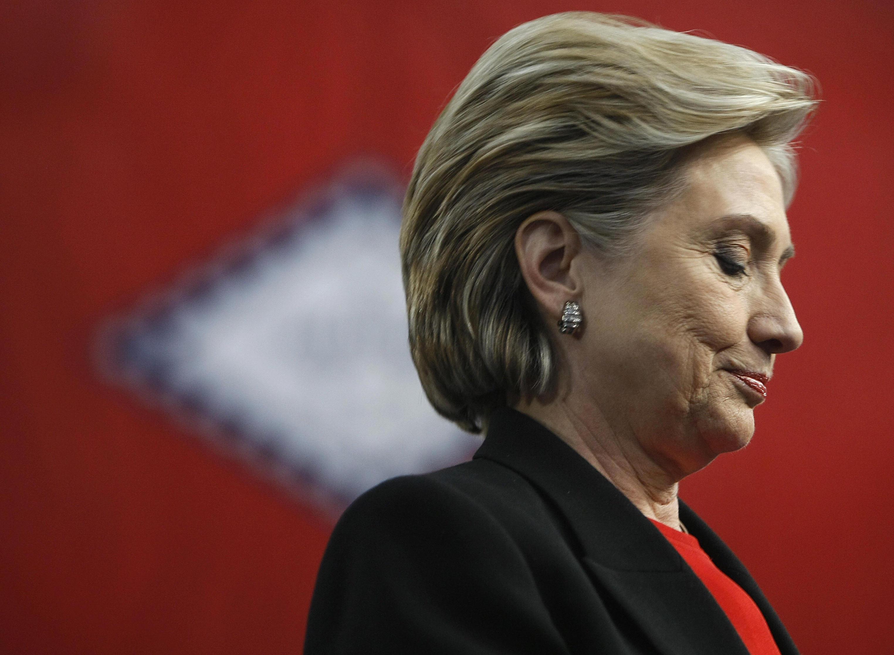 Kathy Shelton Hillary Clinton, Clinton defends rapist, 12 year old rape victim, Clinton scandals, Hillary Clinton laughed