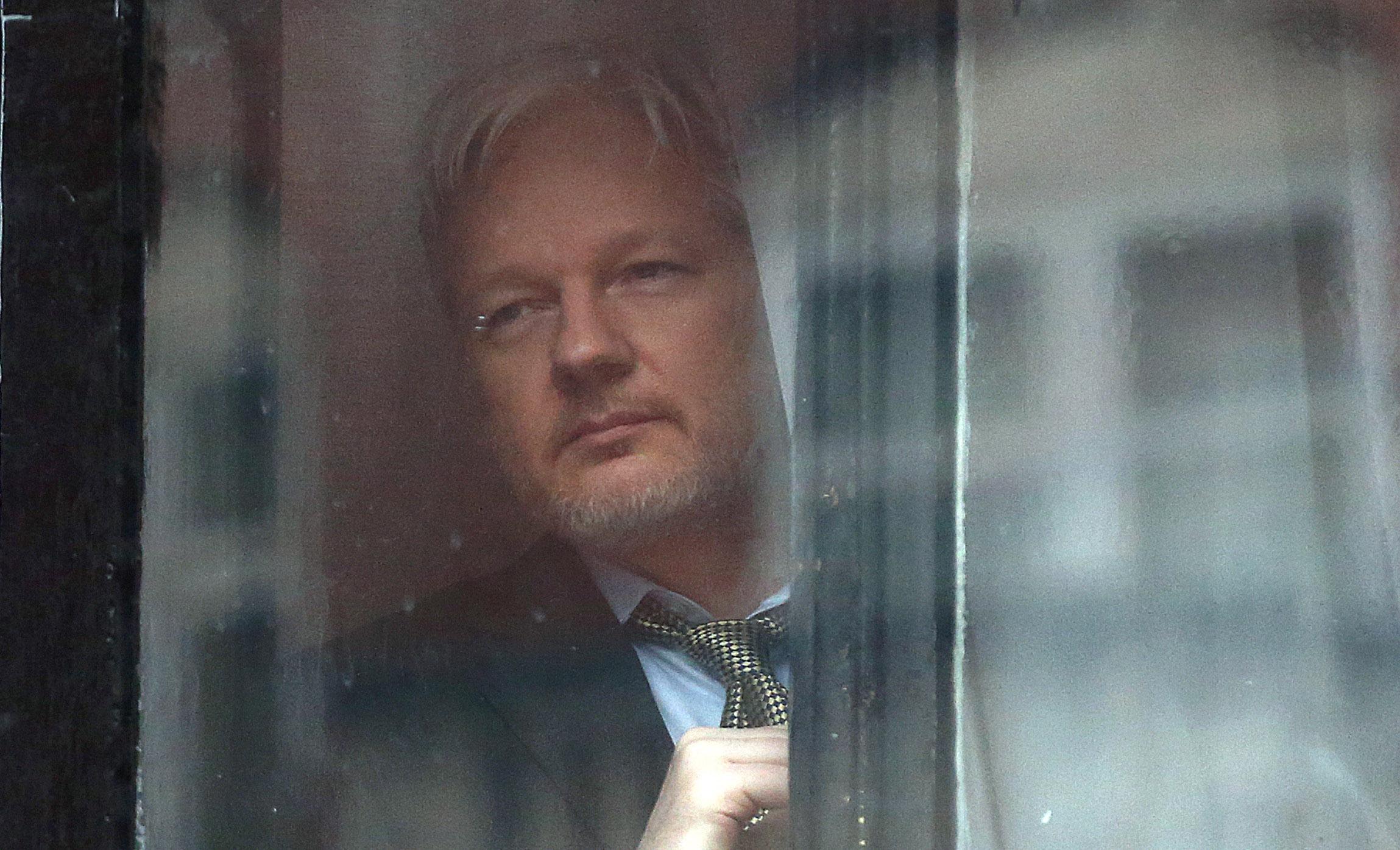 WikiLeaks, Julian Assange not permitted attend funeral, Gavin MacFayden dead, Julian Assange rape, Wikileaks Hillary Clinton, WikiLeaks Donald Trump