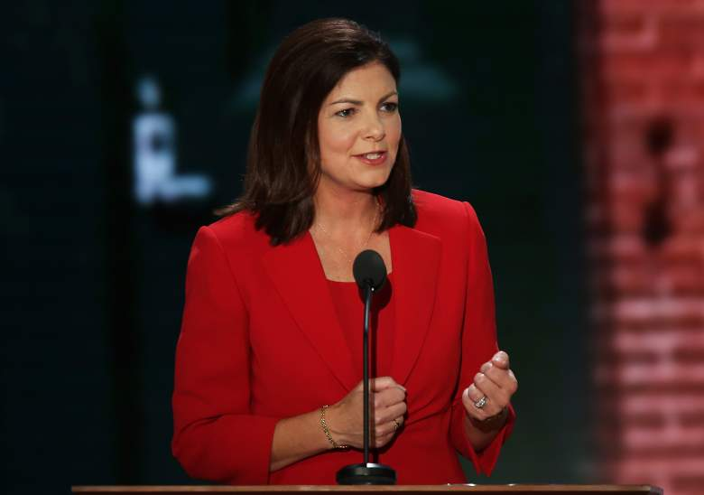 kelly ayotte conservative, kelly ayotte republican party, bipartisan kelly ayotte