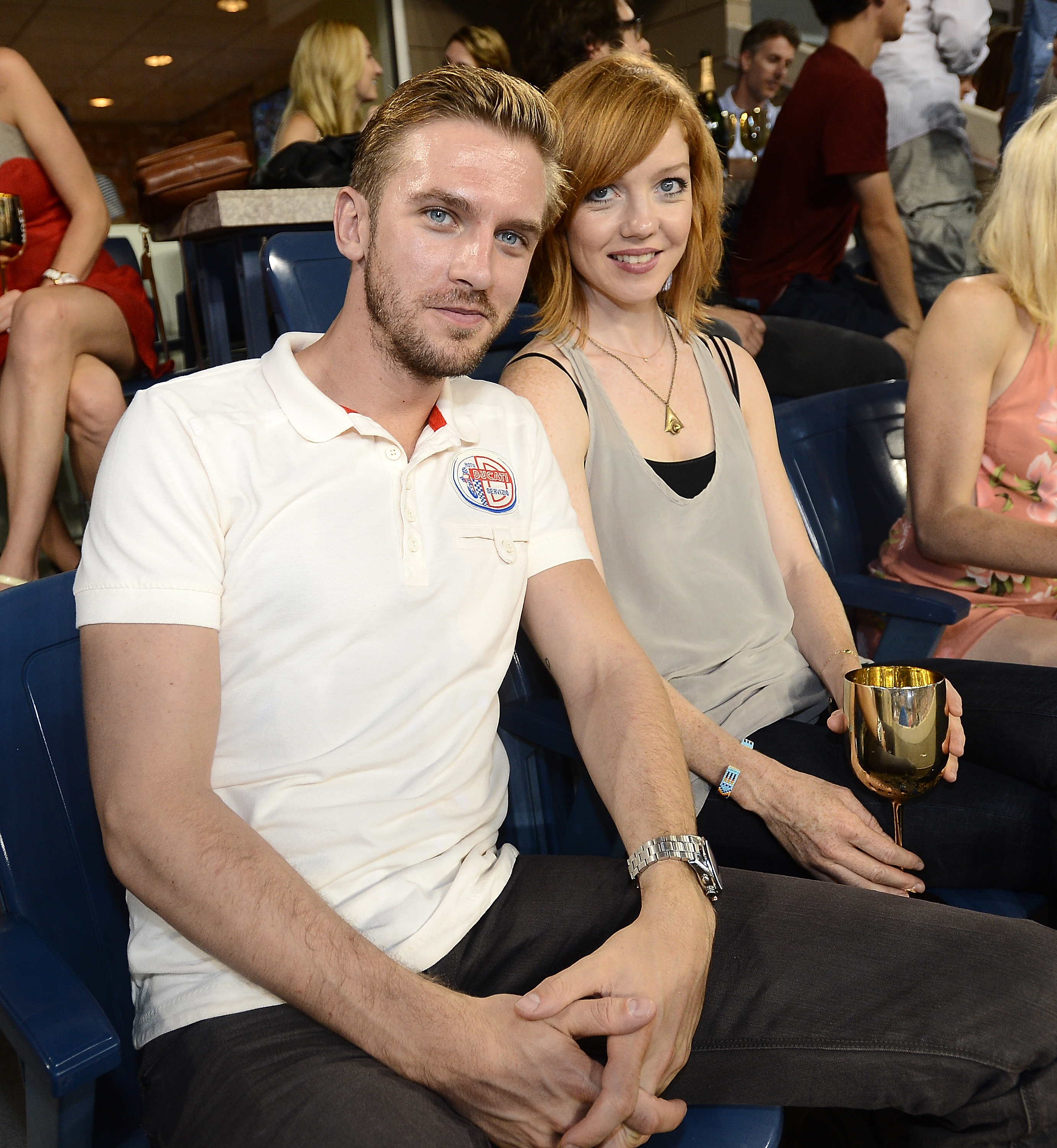 who is dan stevens wife susie hariet