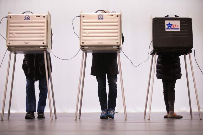 Illinois polling hours 2016, How to vote in Illinois 2016, Illinois election polls