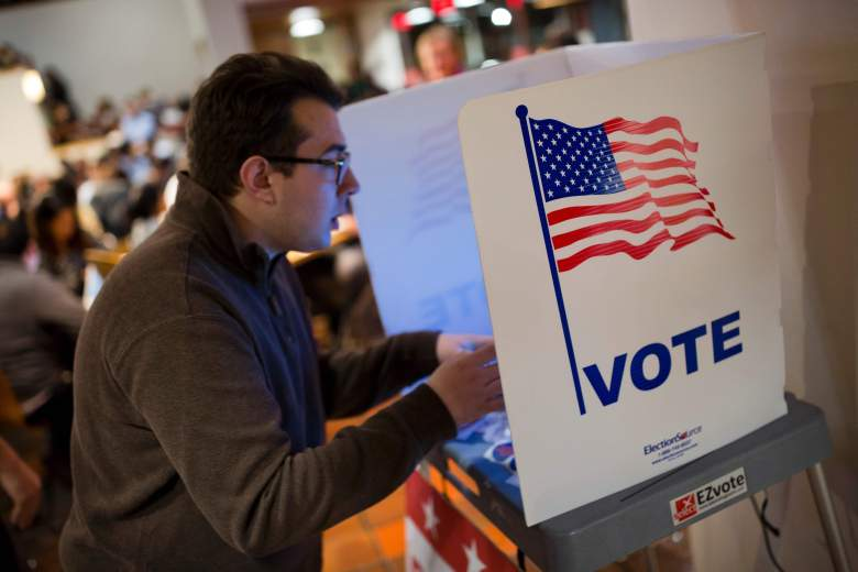 New York polling hours 2016, How to vote in New York 2016, New York election polls
