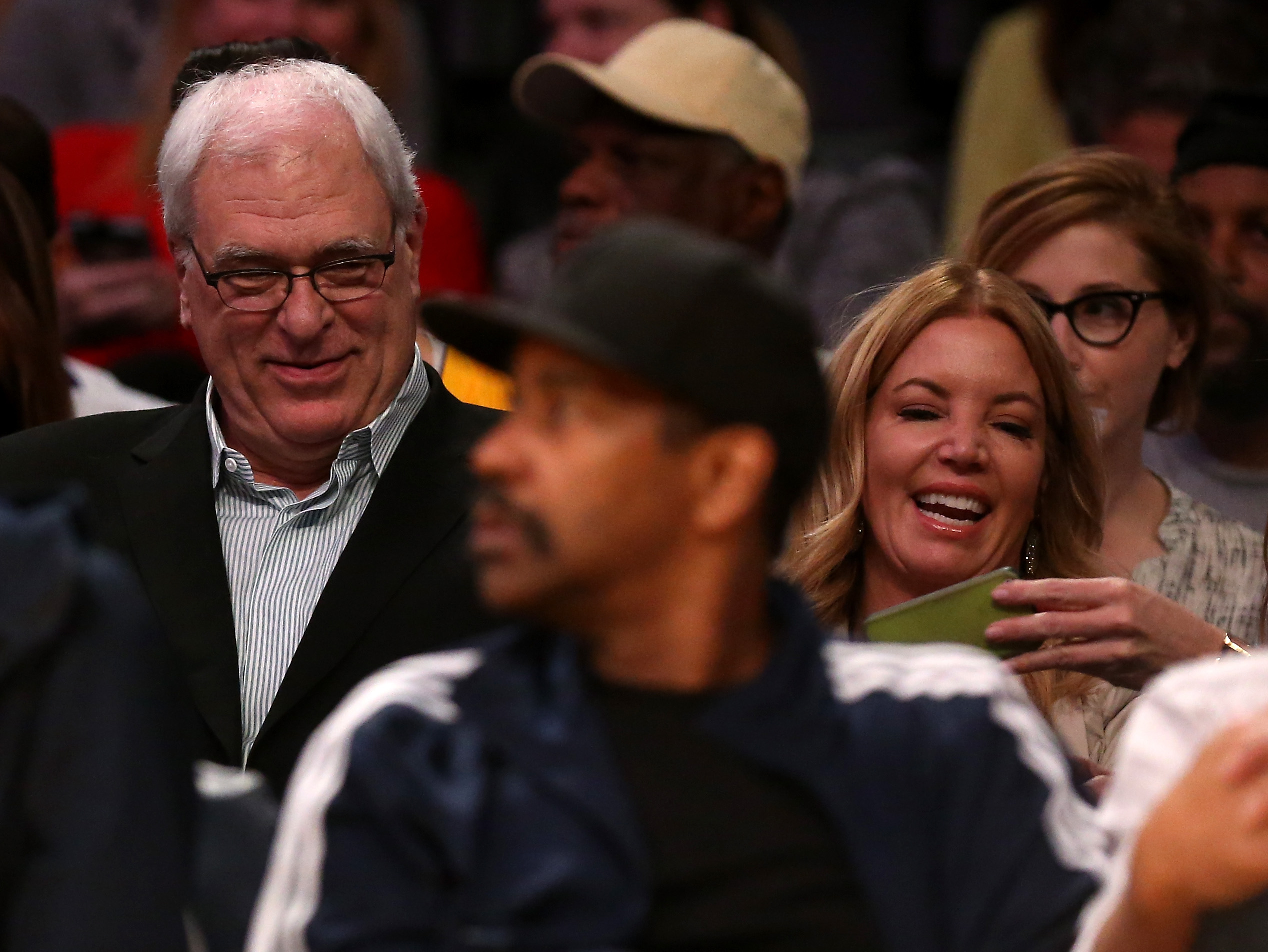 Lakers news: Jeanie Buss channels Phil Jackson with