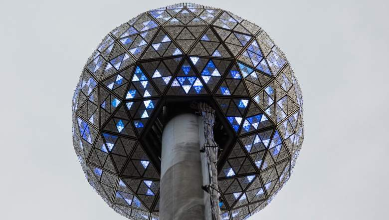 Do You Have to Pay to Watch the Ball Drop in Times Square, pay to watch ball drop in times square
