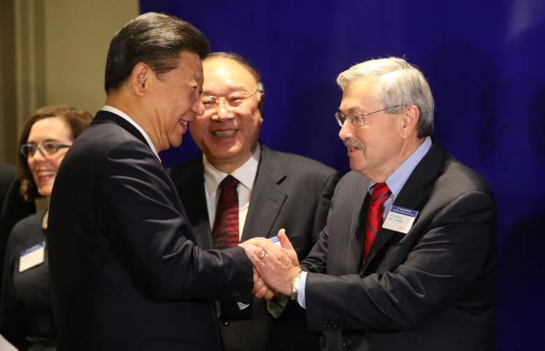 Terry Branstad Xi Jinping, Terry Branstad Xi Jingping handshake, Terry Branstad China president