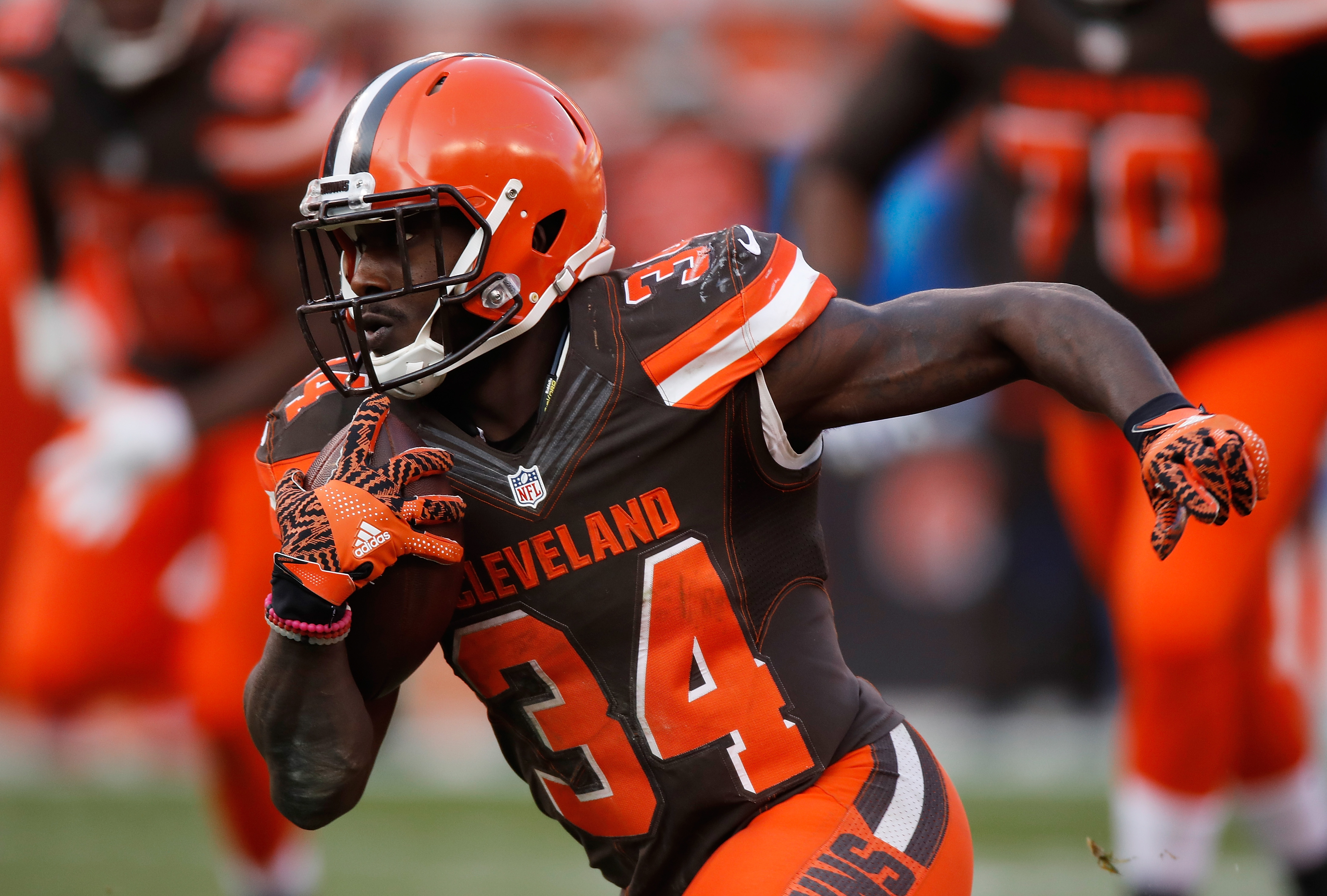 cincinnati bengals vs cleveland browns,  bengals browns point spread, bengals browns odds, bengals browns pick against the spread, over under, bengals browns prediction, latest, vegas line, bengals browns favored, today, point total