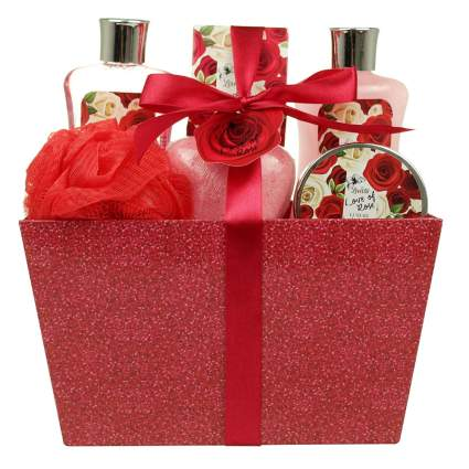 rose scented womens bath gift set