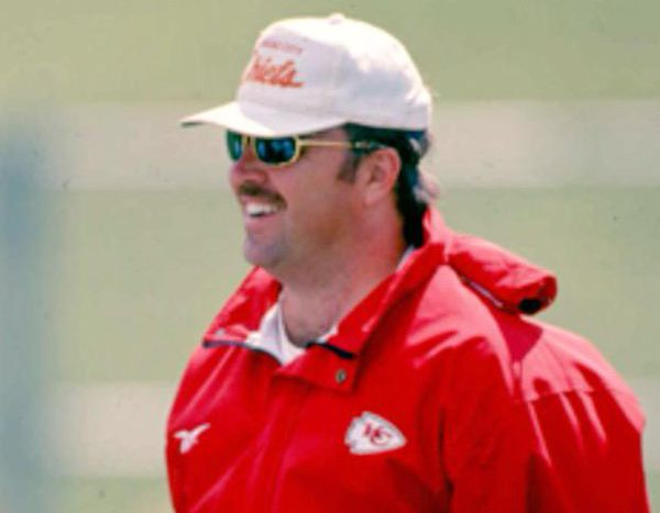 Mike McCarthy when he was an assistant for the Kansas City Chiefs. (Getty)