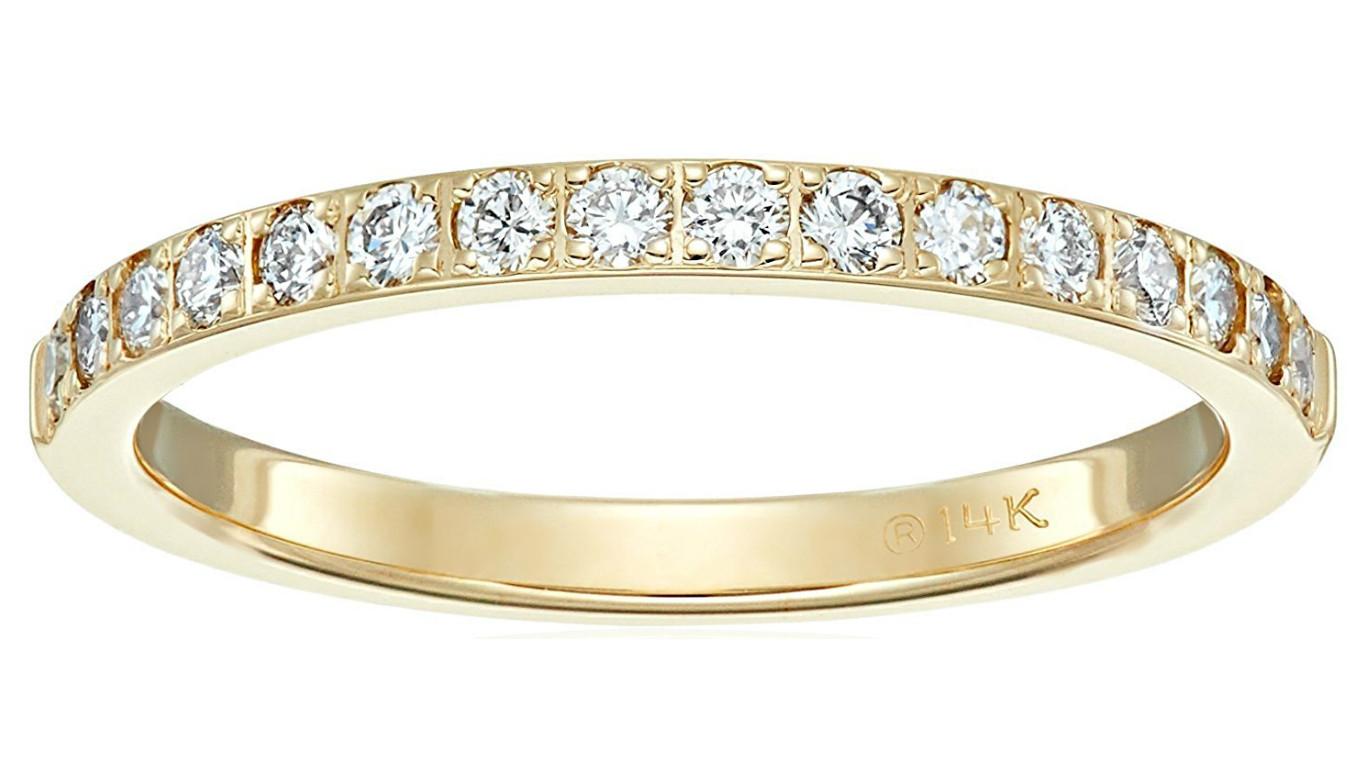diamond and gold wedding band