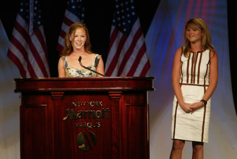 Barbara Bush Book, Barbara Bush Hillary Clinton, Barbara Bush Sisters First
