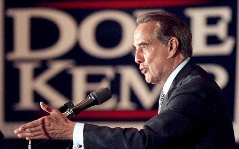 Bob Dole delivers a campaign speech in November 1996. (Getty)