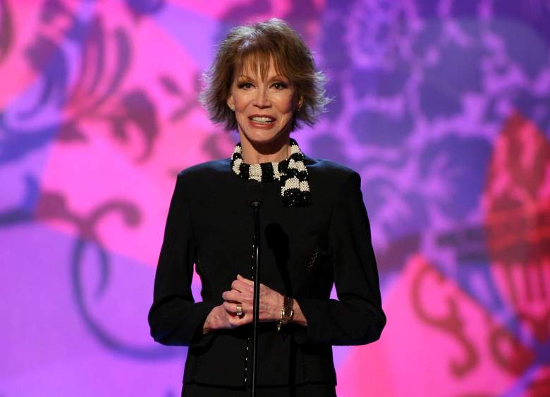 Mary Tyler Moore at the 2006 TV Land Awards at the Barker Hangar on March 19, 2006 in Santa Monica, California. (Getty)