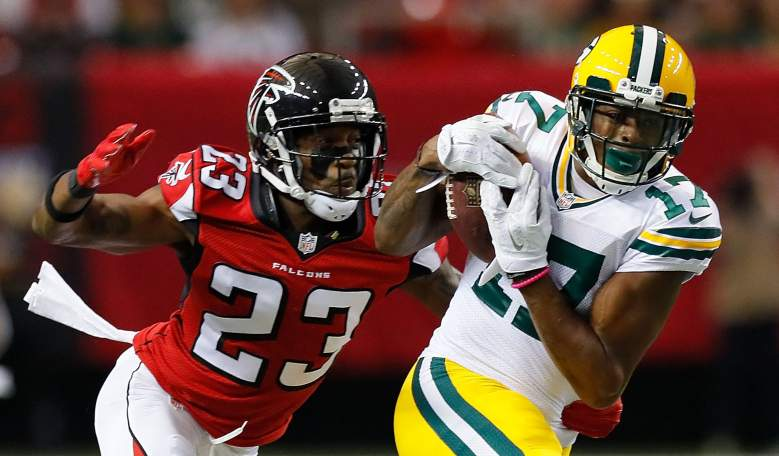 Davante Adams of the Packers pulls in a reception against Robert Alford of the Falcons earlier this season. (Getty)