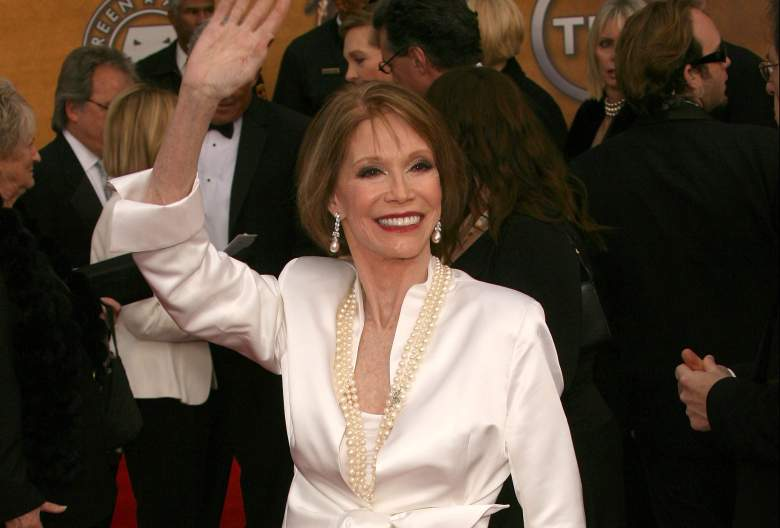 Mary Tyler Moore screen actors guild, Mary Tyler Moore sag awards, Mary Tyler Moore red carpet