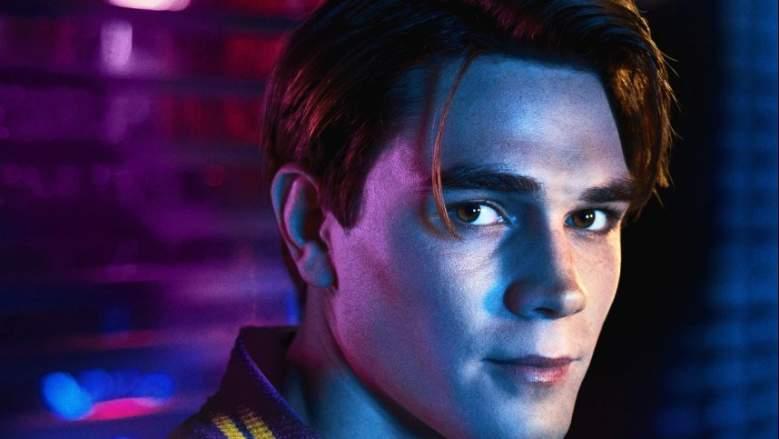 K.J. Apa, Archie Andrews, Archie actor, Riverdale cast,