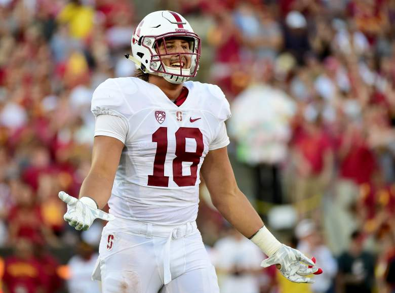 Austin Hooper of the Stanford Cardinal during the second quarter against the USC Trojans at Los Angeles Coliseum on September 19th, 2015. (Getty)