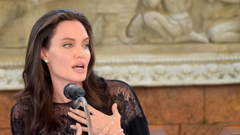 Angelina Jolie divorce, Angelina Jolie Brad Pitt, Angelina Jolie 2017