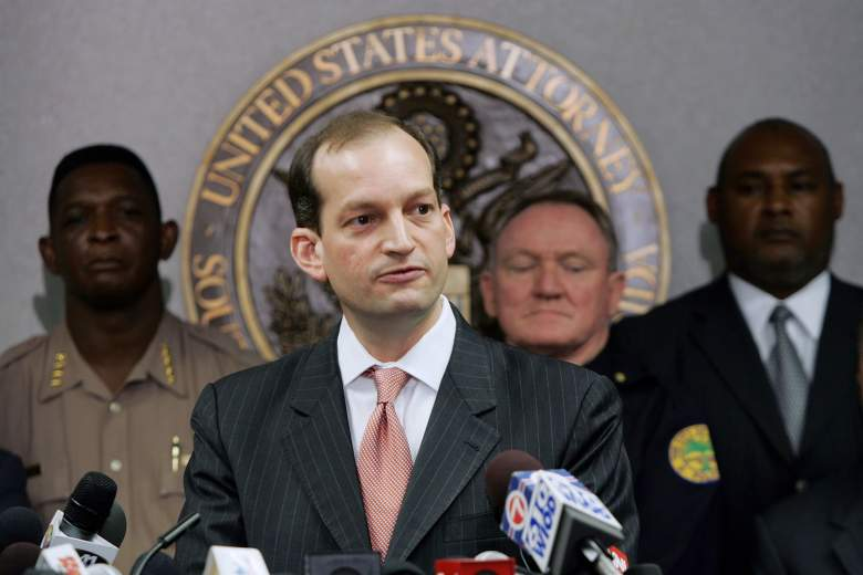 Alexander Acosta speaks to the media at the Florida Federal Justice building on June 23, 2006 in Miami, Florida. (Getty)