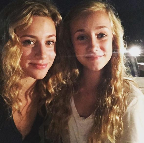 Lili Reinhart sister, Lili Reinhart family, Lili Reinhart Instagram, Betty Cooper Riverdale