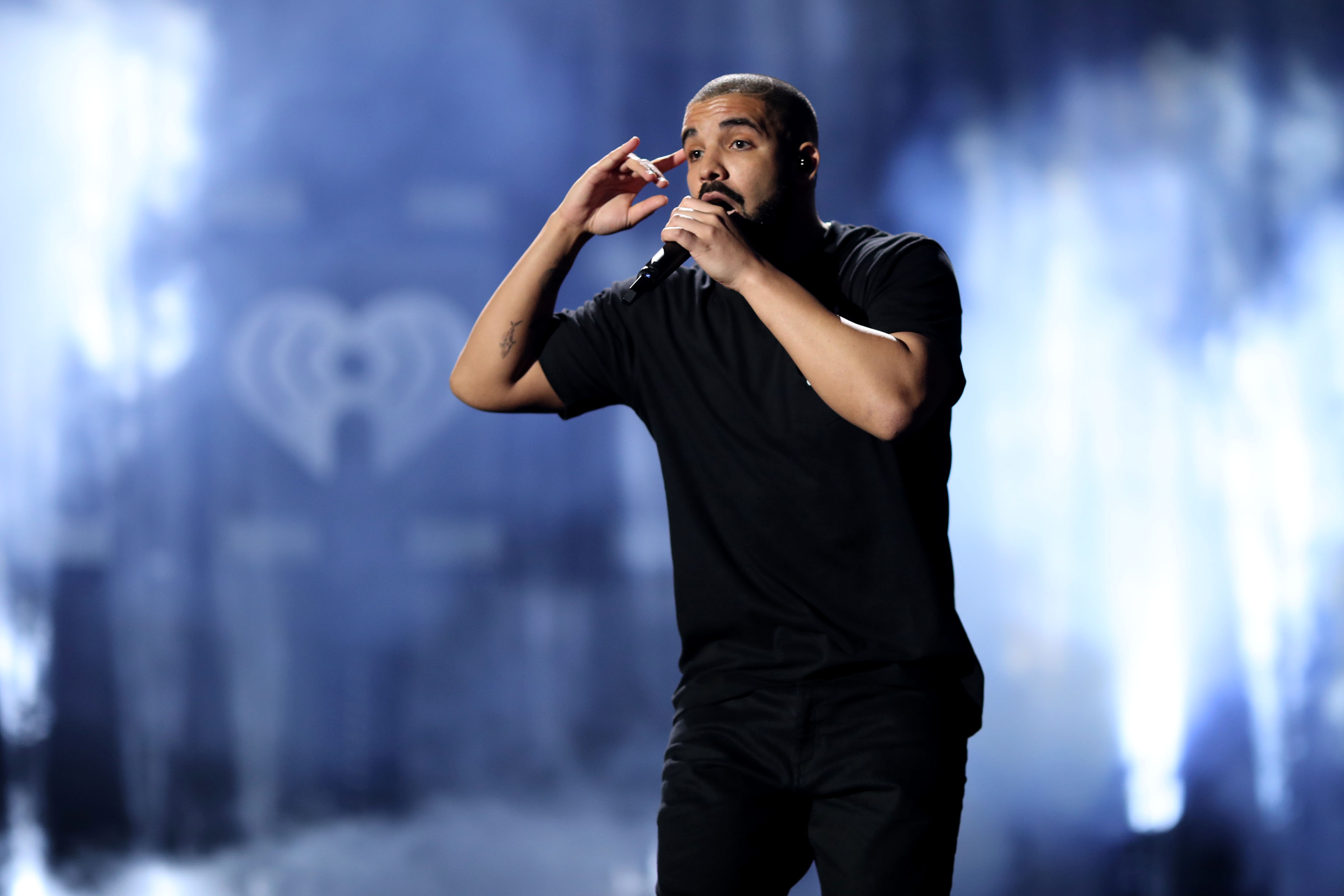 Drake performs at the iHeartRadio Music Festival on September 23, 2016 in Las Vegas, Nevada. (Photo by Christopher Polk/Getty Images)