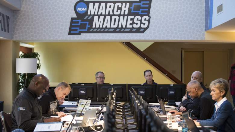 selection sunday show 2017, free live stream, ncaa tournament bracket reveal, march madness, how to watch, online, mobile, xbox one