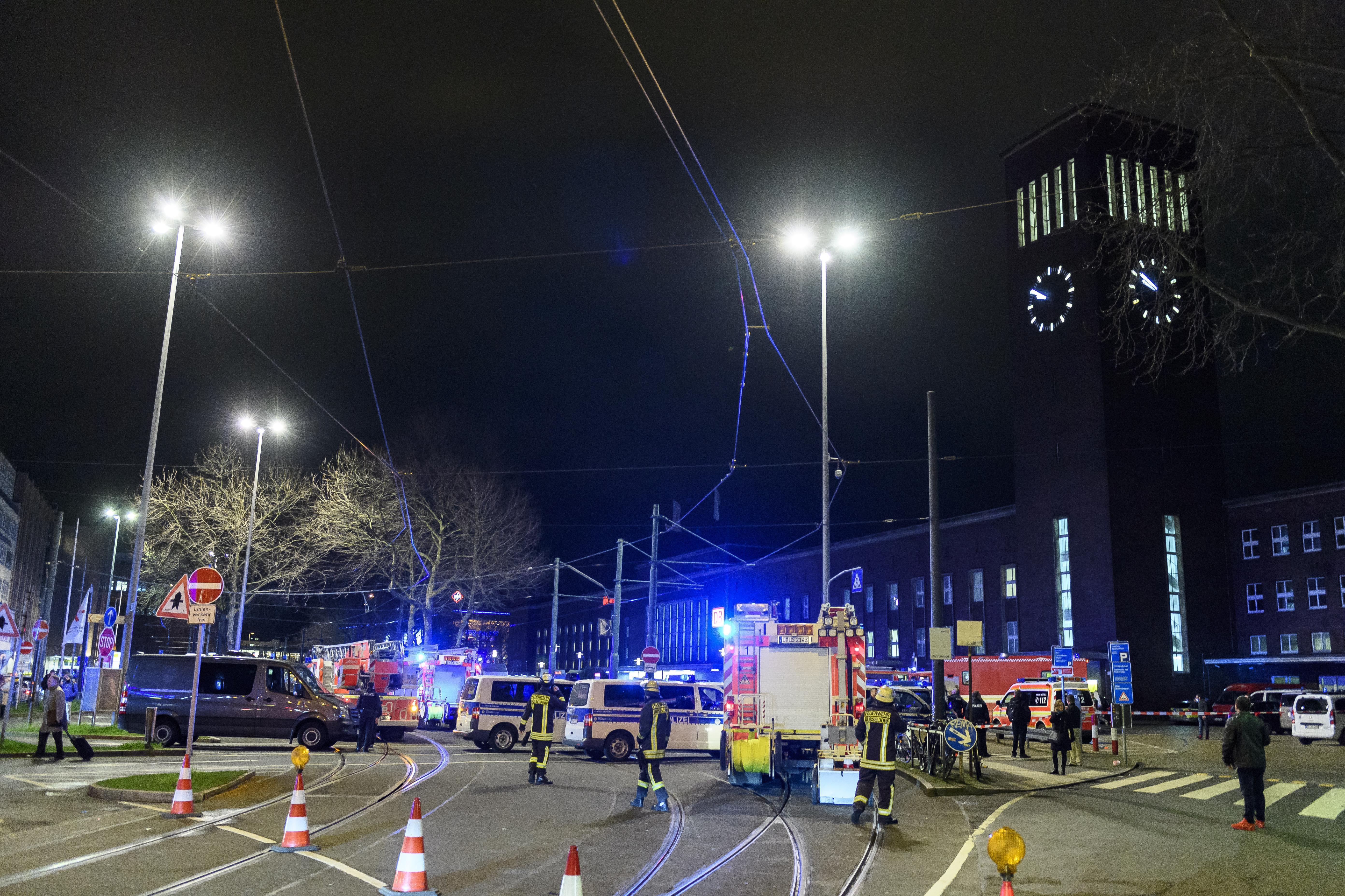 dusseldorf axe attack, dusseldorf terror attack, dusseldorf train station attack