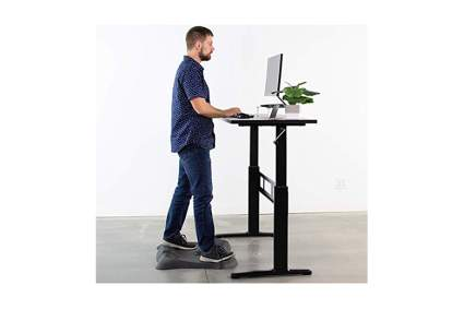 adjustable sit stand desk with hand crank