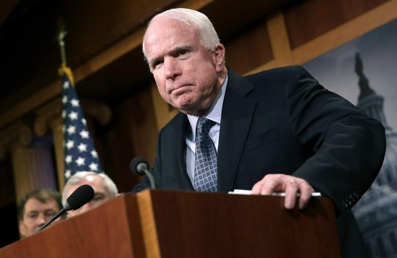 John McCain, John McCain donald trump, John McCain press conference