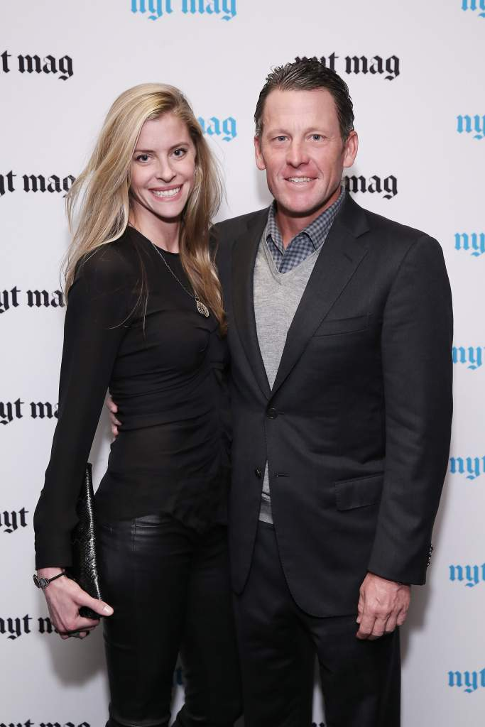 Lance Armstrong engaged