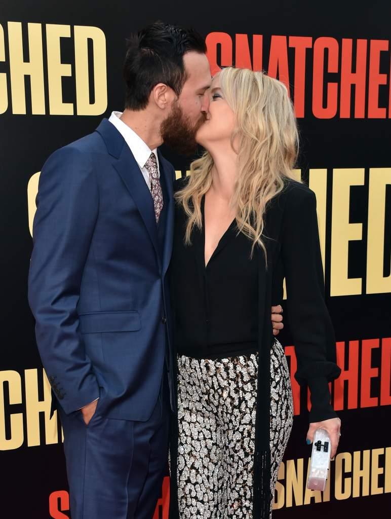 Kate Hudson and Danny Fujikawa dating