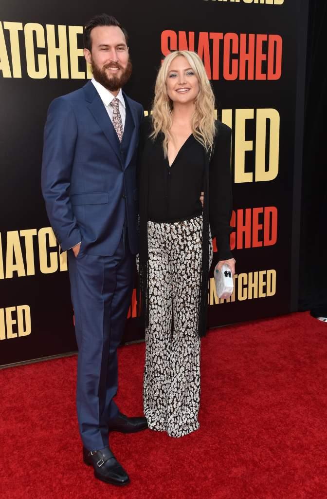 Kate Hudson, Danny Fujikawa make red carpet debut