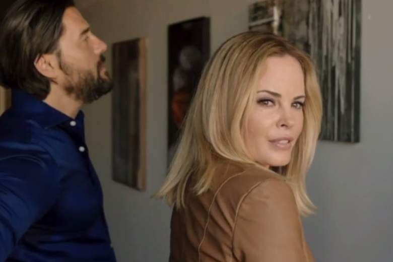Seduced by a Stranger cast, Seduced by a Stranger characters, Seduced by a Stranger movie, Chandra West
