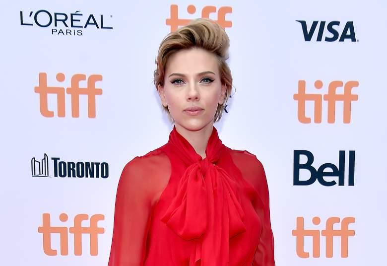 Scarlett Johansson, Scarlett Johansson red carpet, Scarlett Johansson sing premiere
