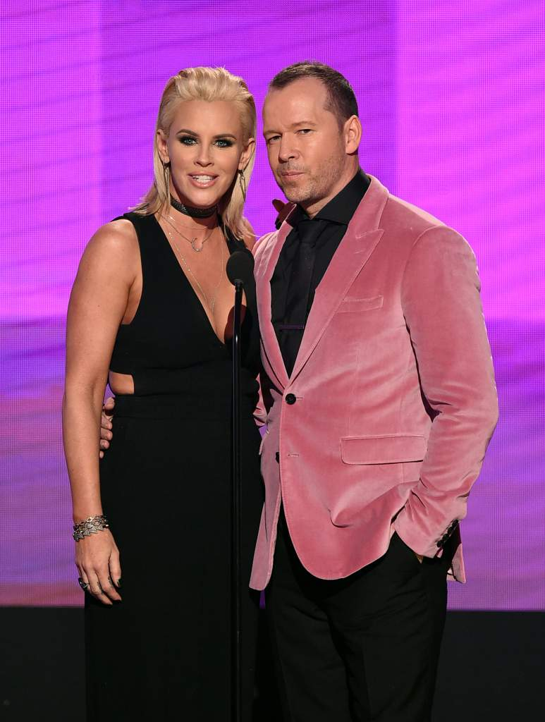 Donnie Wahlberg wife