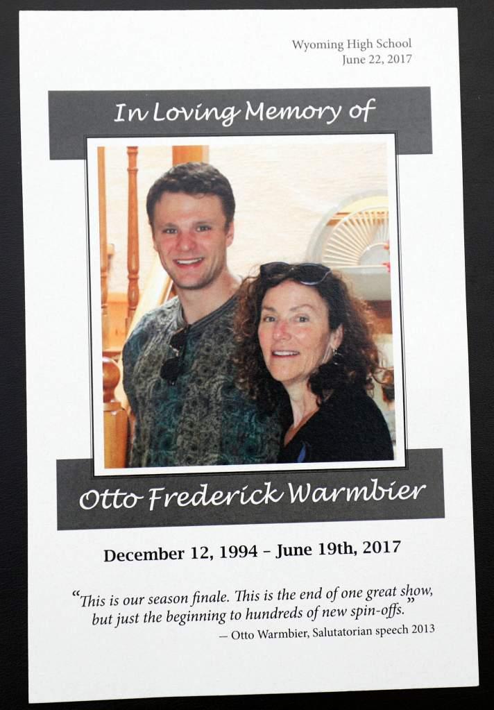 otto warmbier funeral, otto warmbier memorial