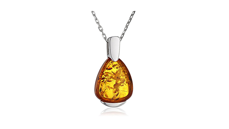 Amber, amber jewelry, amber necklace, baltic amber, baltic amber necklace, pendant necklace