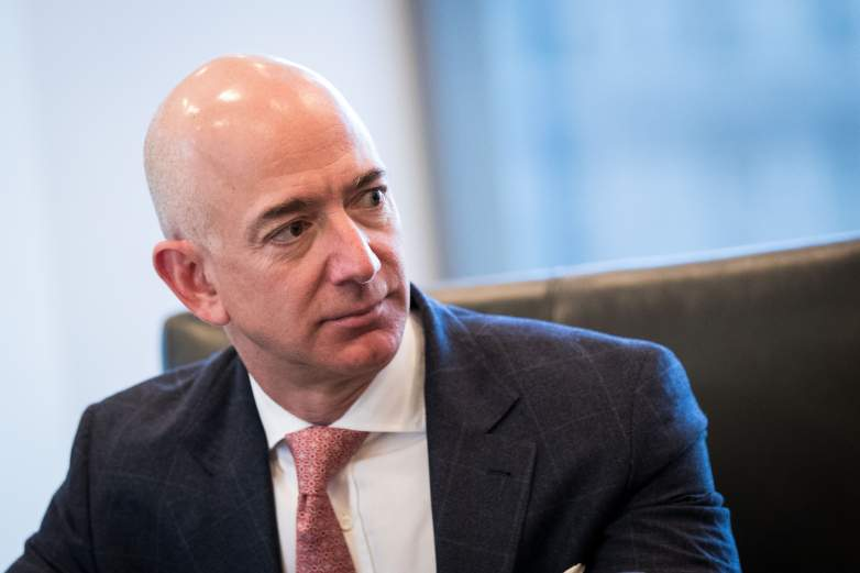 Jeff Bezos net worth, Jeff Bezos salary, Jeff Bezos amazon, Jeff Bezos Trump
