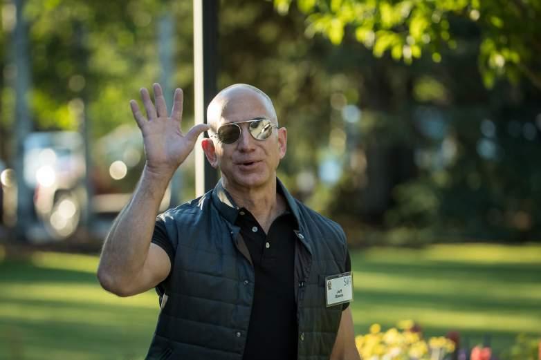 Jeff Bezos net worth, Jeff Bezos salary, Jeff Bezos amazon, Jeff Bezos house