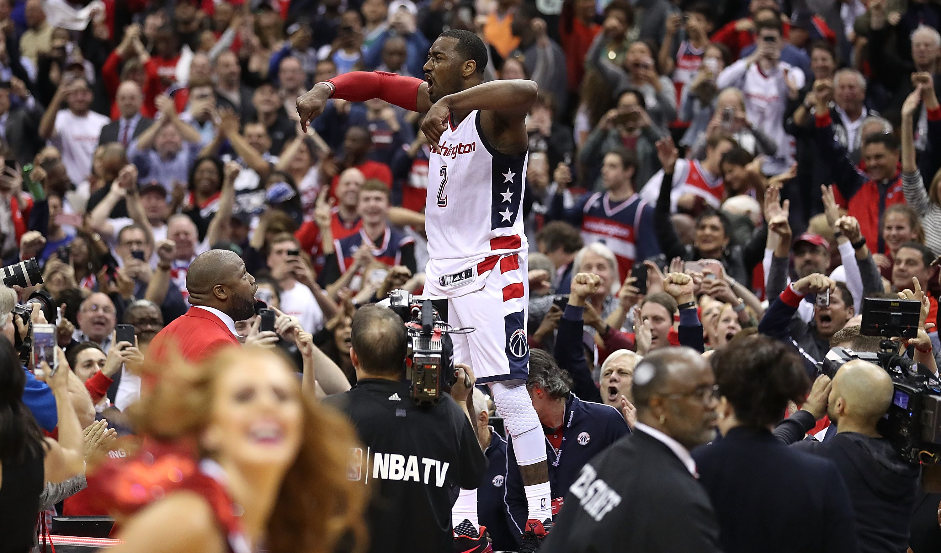 WATCH: John Wall Announces New Contract ...